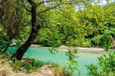 Delphi - Meteora - Ioannina - 3 Days Tour