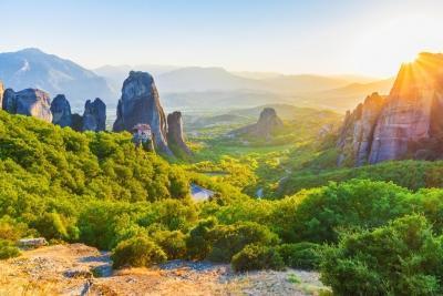 Delphi - Meteora - 2 Days Tour